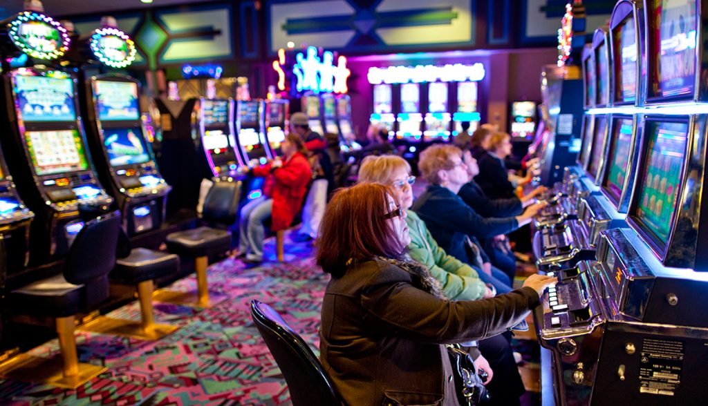 1140-the-casino-trap-gamblers-playing_imgcache_rev1474470223725